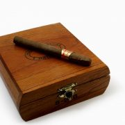 dark-wood-cigar-box-1